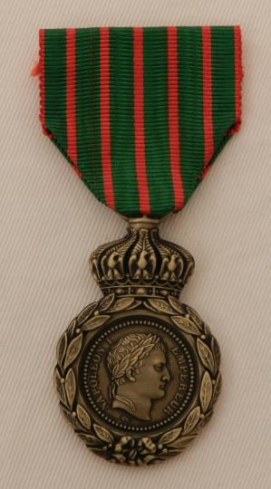 Copy of medal of sainte helene with his ribbon