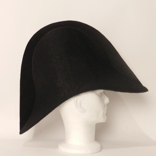 Empire officer hat, bare