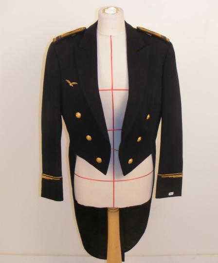 Gala uniforme of commandant, French air force, before 1970