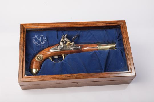 Cavalry pistol, an IX, in his showcase. Davide Pedersoli
