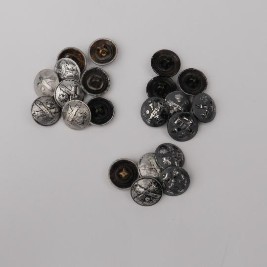 Artillery buttons, WW I, 17 mm