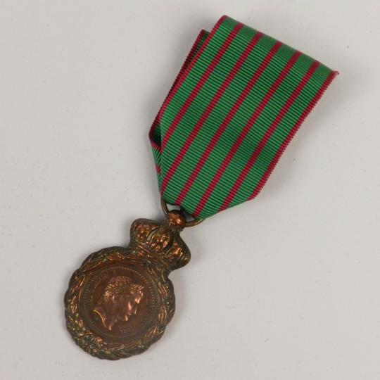 Medaille de saint helene, original decoration, decret du 12 aout 1857, with new ribbon.