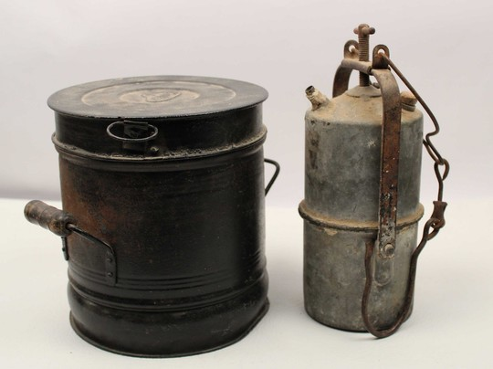 Trench stove and lamp