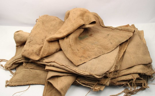 Bags for trenches WWI +Mask offered