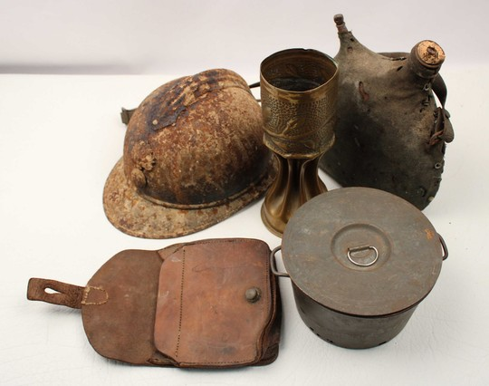 Remains of WWI: Helmet, gourd, shell, cartridge, canteen+ mask offered