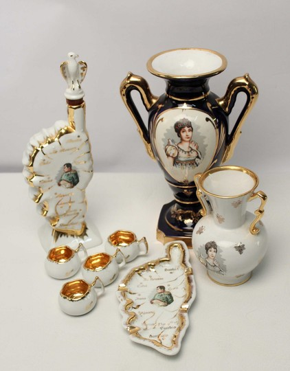 Set of porcelain about Empire and Corsica