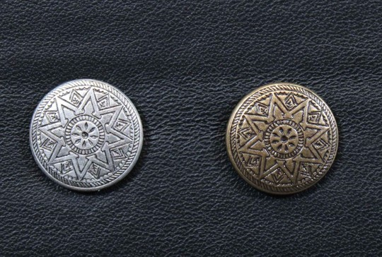 Traditional buttons ref 1, 18 mm, old silver or old bronze