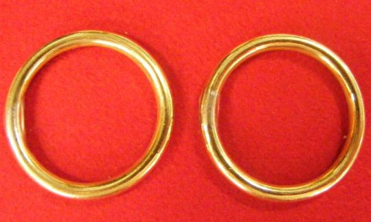 Rings for sabretaches or light cavalry belts